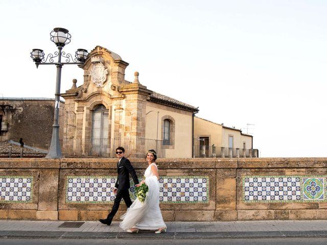 Il matrimonio di Matteo e Laura a Caltagirone, Catania 36