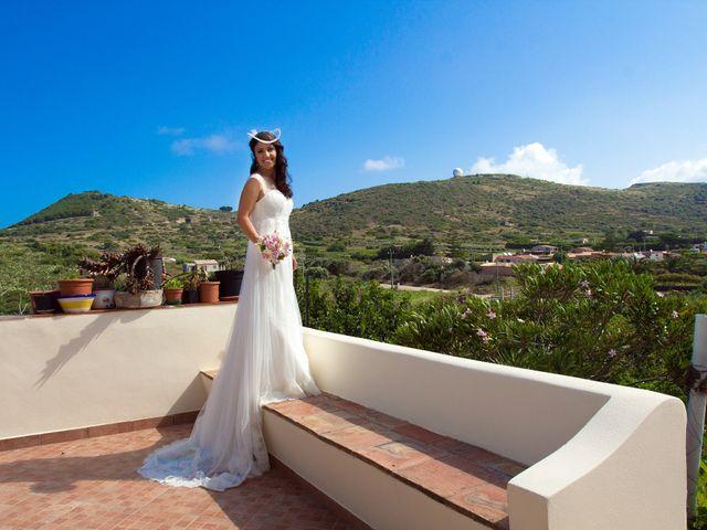 Il matrimonio di Luca e Daniela a Ustica, Palermo 12