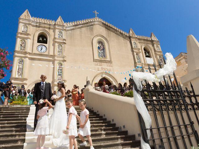 Il matrimonio di Luca e Daniela a Ustica, Palermo 18