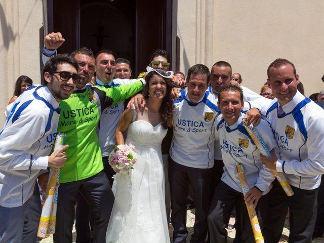 Il matrimonio di Luca e Daniela a Ustica, Palermo 30