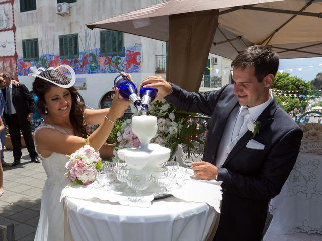 Il matrimonio di Luca e Daniela a Ustica, Palermo 34