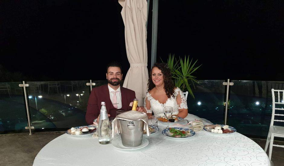 Il matrimonio di Antonio  e Pamela  a Crucoli, Crotone