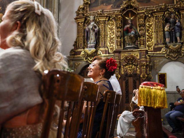 Il matrimonio di Carlos e Abril a Massa Martana, Perugia 10