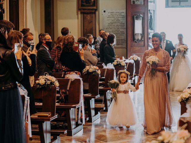 Il matrimonio di Marco e Caterina a Veduggio con Colzano, Monza e Brianza 30