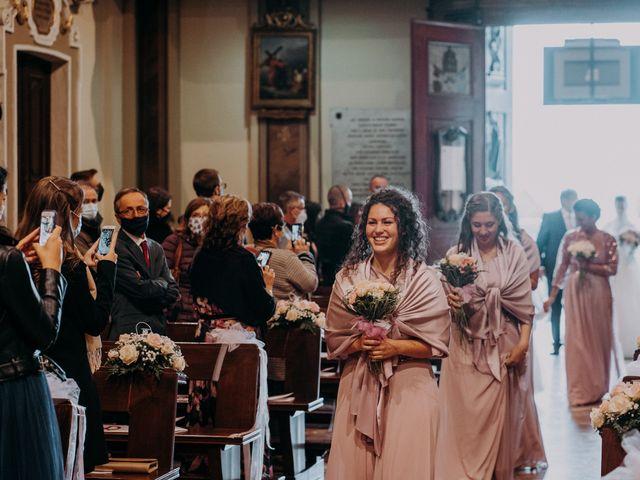 Il matrimonio di Marco e Caterina a Veduggio con Colzano, Monza e Brianza 31