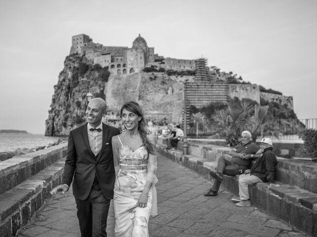 Il matrimonio di Domenico e Elisabetta a Ischia, Napoli 1