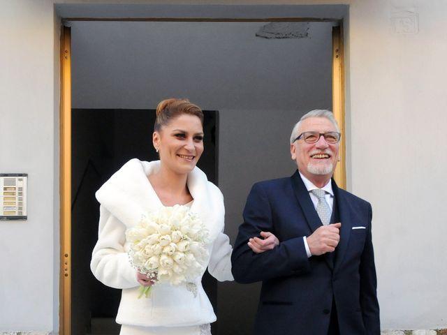 Il matrimonio di Ilaria e Luciano a Montescaglioso, Matera 13