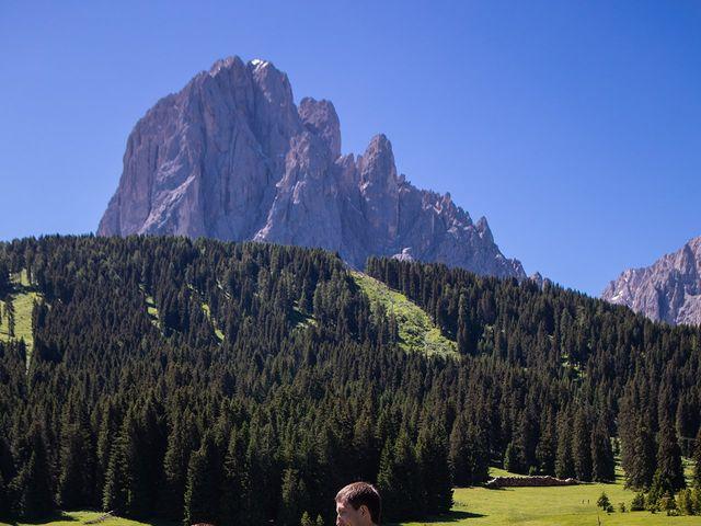 Il matrimonio di Evaldas e Indré a Santa Cristina Valgardena-St. Chris, Bolzano 11