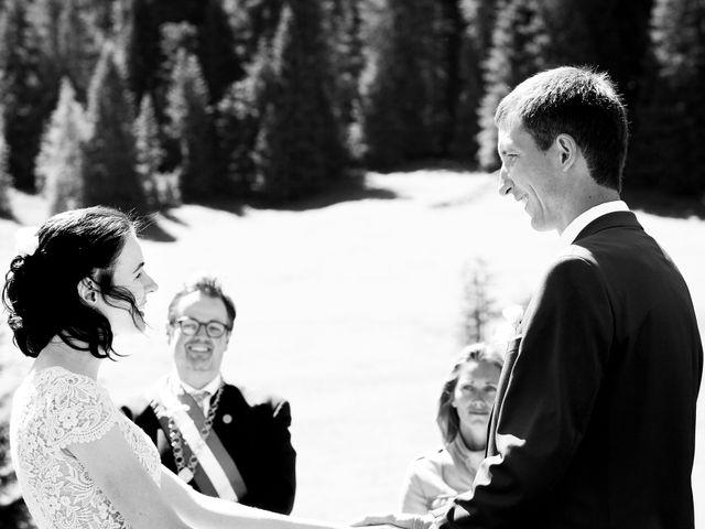 Il matrimonio di Evaldas e Indré a Santa Cristina Valgardena-St. Chris, Bolzano 15