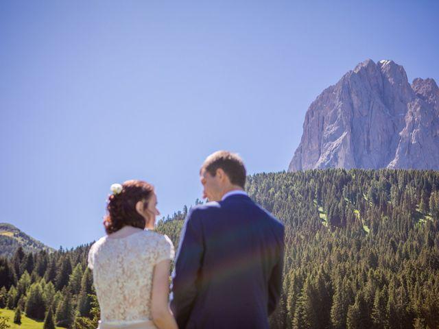 Il matrimonio di Evaldas e Indré a Santa Cristina Valgardena-St. Chris, Bolzano 16