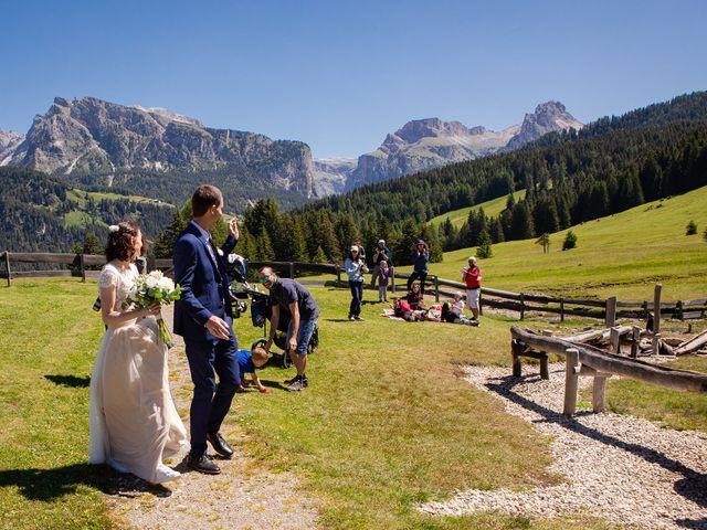 Il matrimonio di Evaldas e Indré a Santa Cristina Valgardena-St. Chris, Bolzano 23