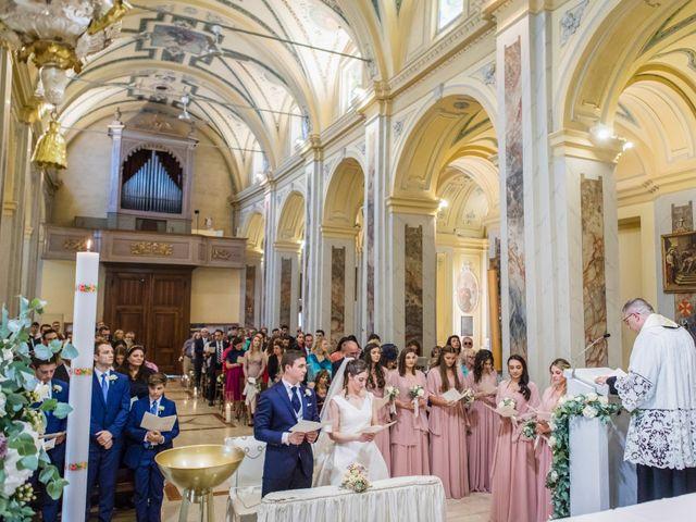 Il matrimonio di Tom e Sofia a Giussano, Monza e Brianza 16