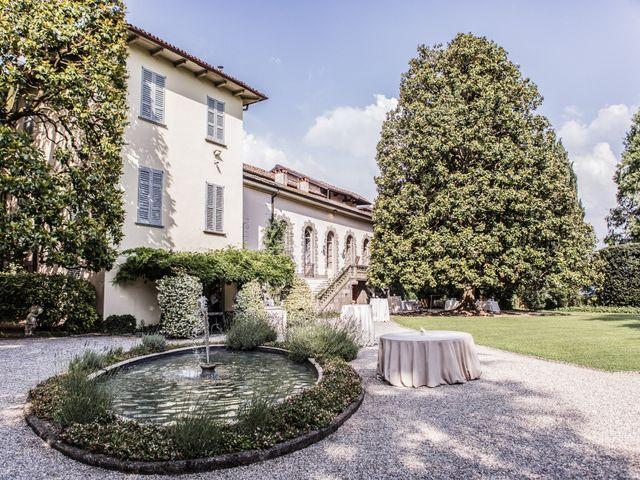 Il matrimonio di Tom e Sofia a Giussano, Monza e Brianza 21