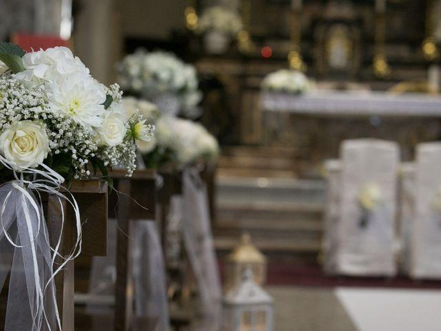 Il matrimonio di Mattia e Madalina a Canzo, Como 40