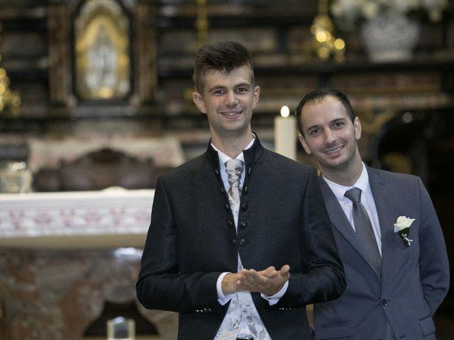 Il matrimonio di Mattia e Madalina a Canzo, Como 45