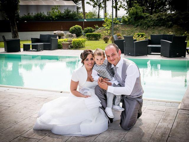 Il matrimonio di Davide e Elena a Casalgrande, Reggio Emilia 16