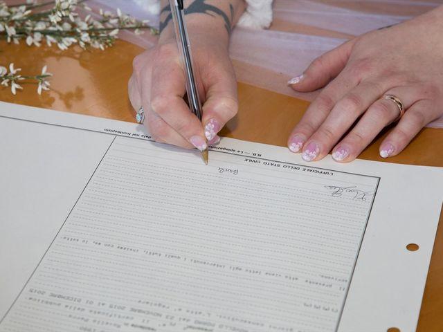Il matrimonio di Gerardo e Sonia a Rovello Porro, Como 15