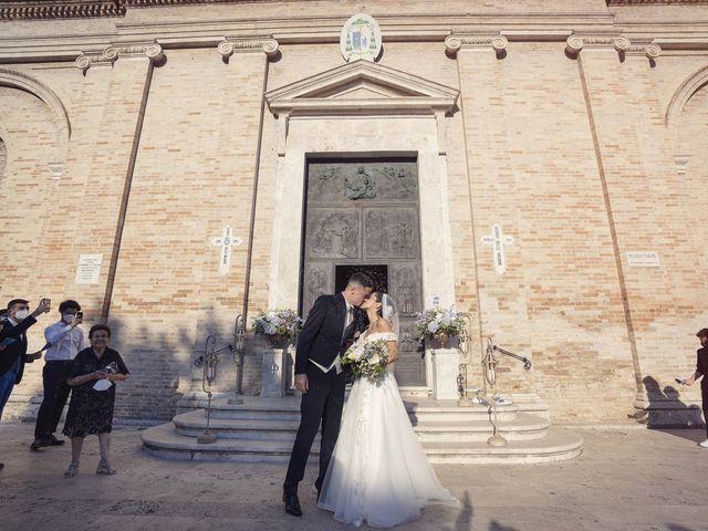 Il matrimonio di Giovanni Paolo e Linda a Grottammare, Ascoli Piceno 20