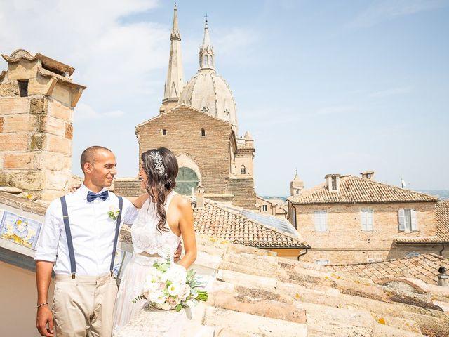 Il matrimonio di Luca e Andrea a Ostra Vetere, Ancona 19