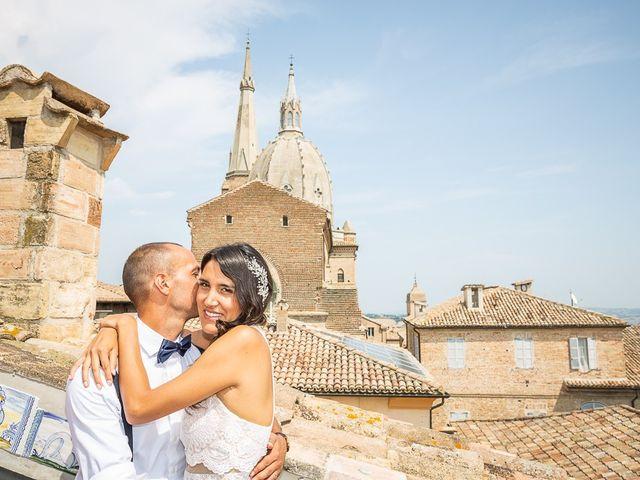 Il matrimonio di Luca e Andrea a Ostra Vetere, Ancona 20
