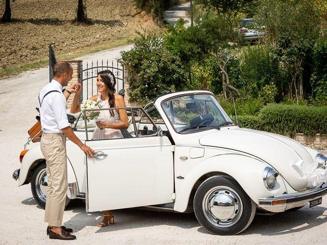 Il matrimonio di Luca e Andrea a Ostra Vetere, Ancona 23