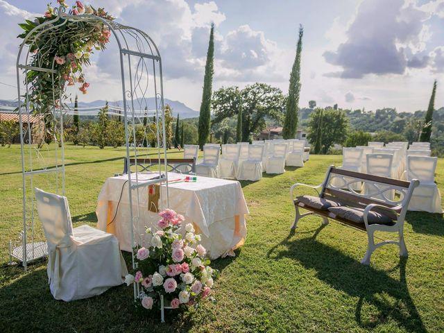 Il matrimonio di Federico e Charlotte a Tarano, Rieti 11