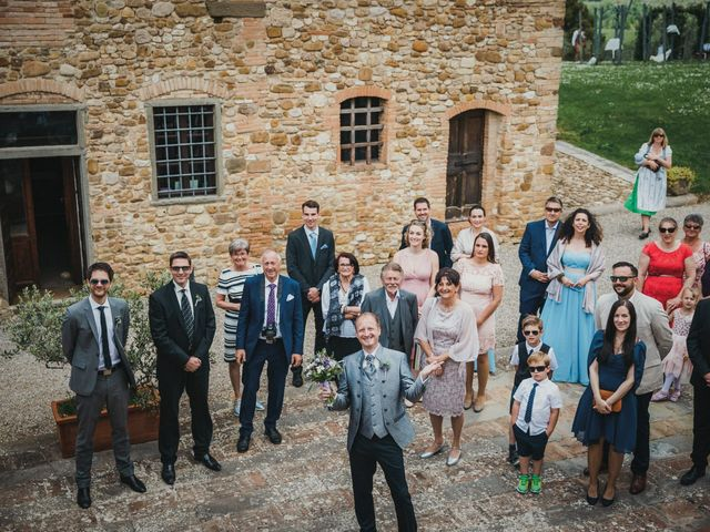 Il matrimonio di Gerald e Sabrina a San Casciano in Val di Pesa, Firenze 23