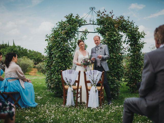Il matrimonio di Gerald e Sabrina a San Casciano in Val di Pesa, Firenze 36