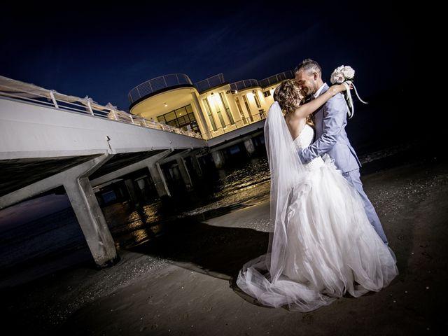 Il matrimonio di Luca e Elena a Senigallia, Ancona 11