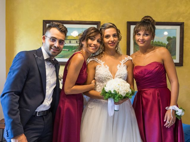 Il matrimonio di Claude e Alessia  a Genga, Ancona 11