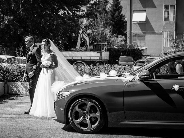 Il matrimonio di Claude e Alessia  a Genga, Ancona 13
