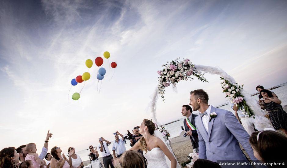 Il matrimonio di Luca e Elena a Senigallia, Ancona