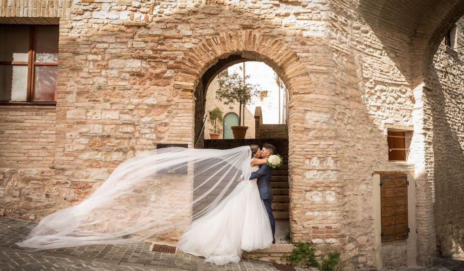 Il matrimonio di Claude e Alessia  a Genga, Ancona