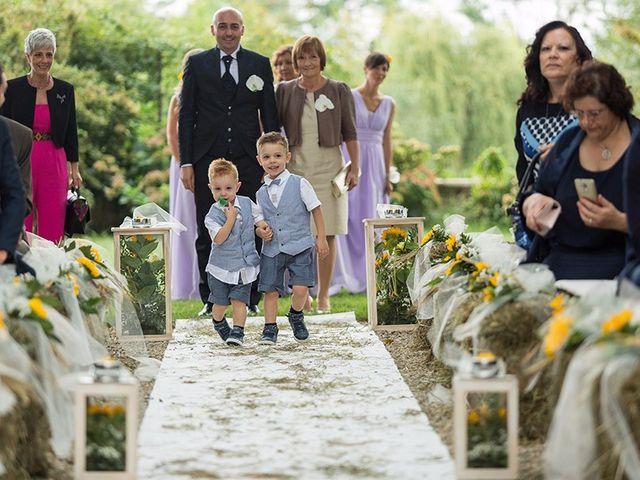 Il matrimonio di Massimo e Elena a Campiglione Fenile, Torino 20