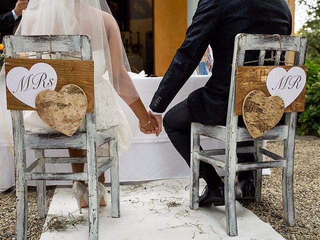Il matrimonio di Massimo e Elena a Campiglione Fenile, Torino 1