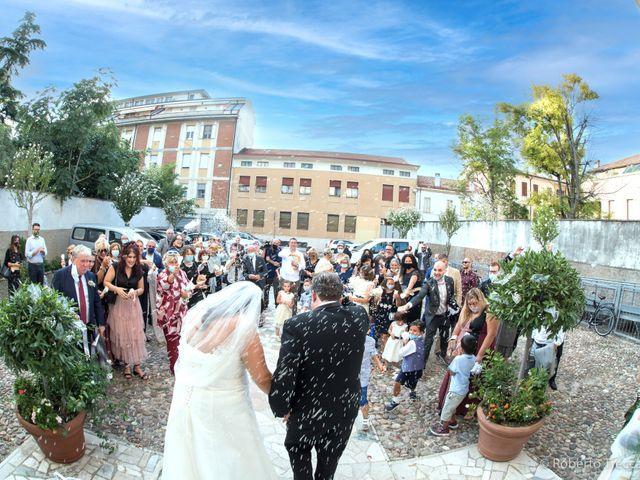 Il matrimonio di Elena e Riccardo a Mantova, Mantova 32