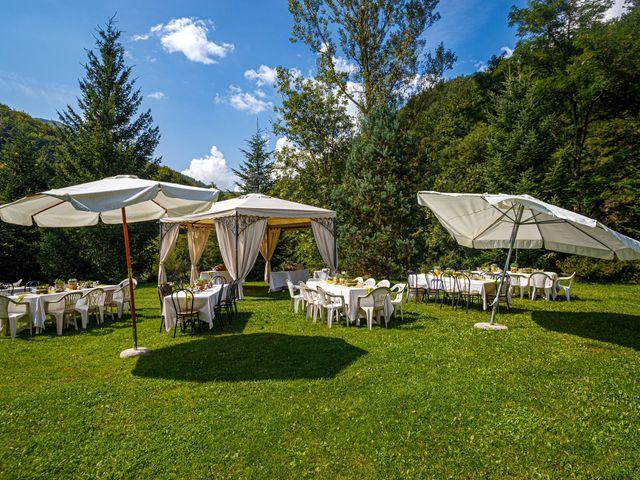 Il matrimonio di Angelino e Arianna a Rovegno, Genova 13