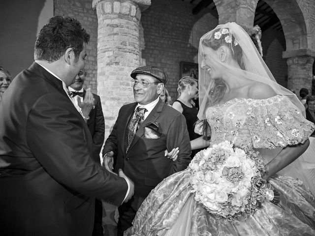 Il matrimonio di Vincenzo e Valentina a Sant'Omero, Teramo 25