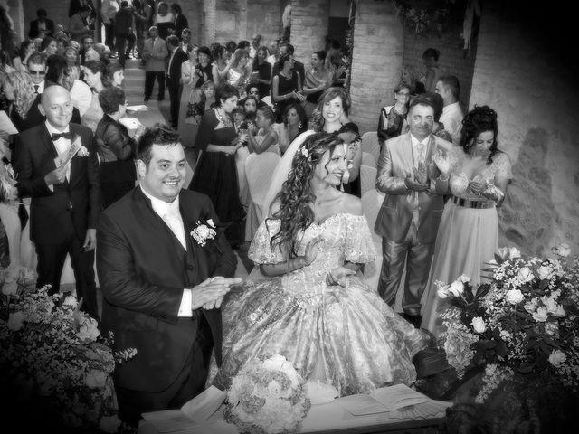 Il matrimonio di Vincenzo e Valentina a Sant'Omero, Teramo 30