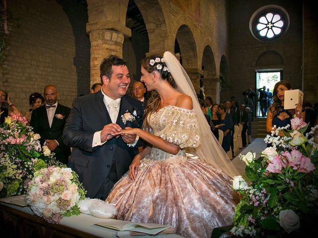 Il matrimonio di Vincenzo e Valentina a Sant'Omero, Teramo 31