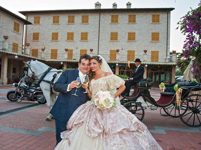 Il matrimonio di Vincenzo e Valentina a Sant'Omero, Teramo 43