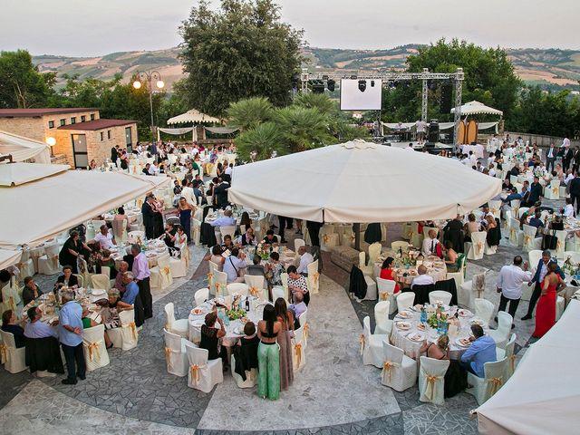 Il matrimonio di Vincenzo e Valentina a Sant'Omero, Teramo 44