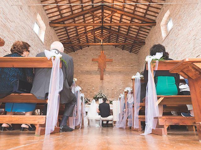 Il matrimonio di Daniele e Isabella a Mosciano Sant'Angelo, Teramo 13