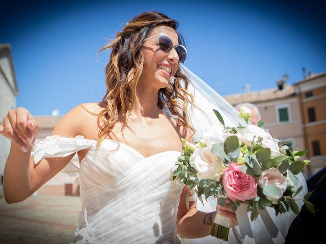Il matrimonio di Matteo e Silvia a Camerata Picena, Ancona 7