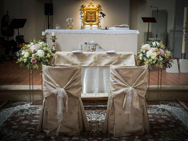 Il matrimonio di Matteo e Silvia a Camerata Picena, Ancona 17