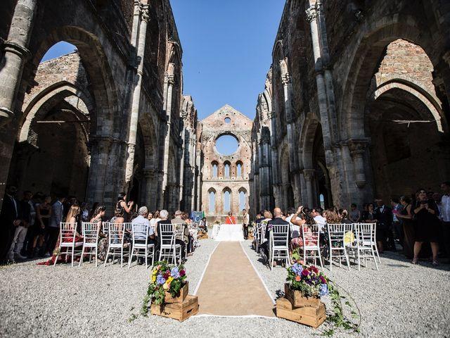 Il matrimonio di Luca e Gloria a Chiusdino, Siena 20