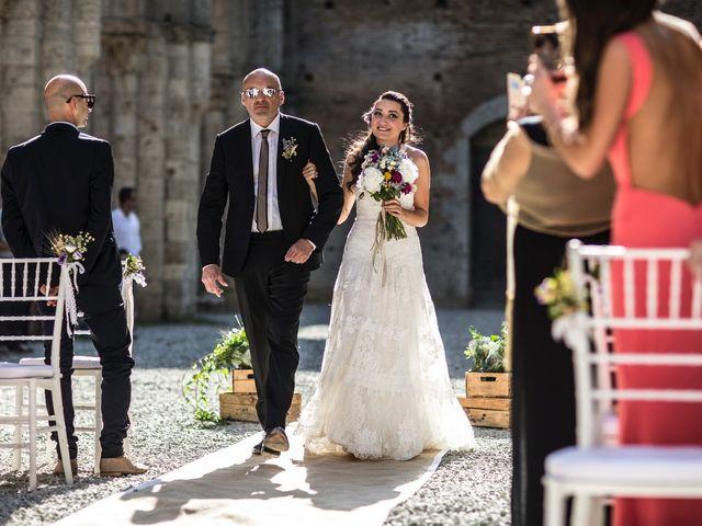 Il matrimonio di Luca e Gloria a Chiusdino, Siena 22