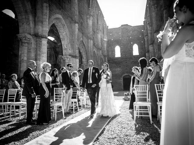 Il matrimonio di Luca e Gloria a Chiusdino, Siena 23