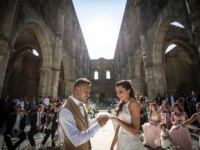 Il matrimonio di Luca e Gloria a Chiusdino, Siena 30