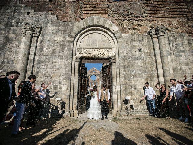 Il matrimonio di Luca e Gloria a Chiusdino, Siena 39
